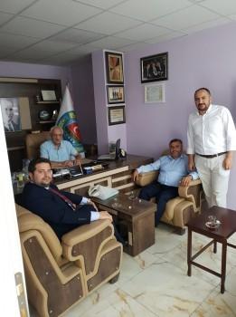 Sivil toplumun dinamikleri olan siyasi parti ve stk'lara ziyaretler kapsamında,  Ilgaz Ziraat Odası Başkanı Hasan Çakır ve oda yöneticilerini ziyaret